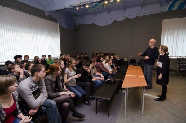 Аренда 90 кв м зала Красноярск